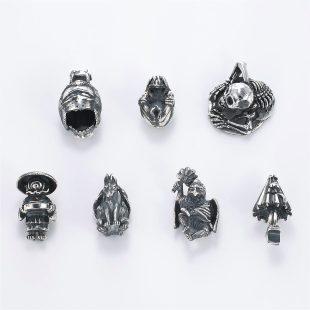 和風と開運・ラッキーとスカル・ワイルドとその他のモチーフのデザインが特徴的な銀風ネックレス/ペンダントの商品写真です。型番:GP201013-01~08 画像その6