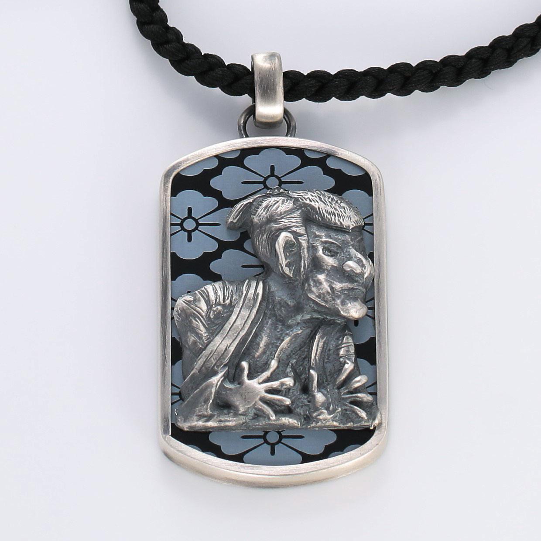 宝石オニキスを使った和風とその他のモチーフのデザインが特徴的な銀風ネックレス/ペンダントの商品写真です。型番:GP201012-01~02 画像その2