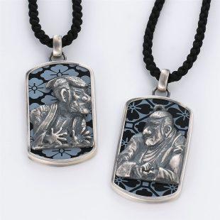 宝石オニキスを使った和風とその他のモチーフのデザインが特徴的な銀風ネックレス/ペンダントの商品写真です。型番:GP201012-01~02 画像その6