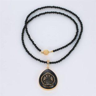 宝石オニキスとクォーツ・水晶とダイヤモンドを使った和風と菩薩のデザインが特徴的な銀風ネックレス/ペンダントの商品写真です。型番:GP201003-01~08 画像その1