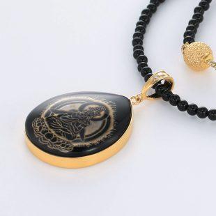 宝石オニキスとクォーツ・水晶とダイヤモンドを使った和風と菩薩のデザインが特徴的な銀風ネックレス/ペンダントの商品写真です。型番:GP201003-01~08 画像その3