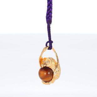 宝石クォーツ・水晶とダイヤモンドを使った和風と開運・ラッキーとその他のモチーフのデザインが特徴的な銀風根付・ピンズの商品写真です。型番:GP501002-01~02 画像その3