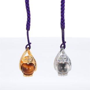 宝石クォーツ・水晶とダイヤモンドを使った和風と開運・ラッキーとその他のモチーフのデザインが特徴的な銀風根付・ピンズの商品写真です。型番:GP501002-01~02 画像その5