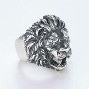 宝石ダイヤモンドを使ったアニマルのデザインが特徴的な銀風指輪の商品写真です。型番:GP101001-01 画像その3