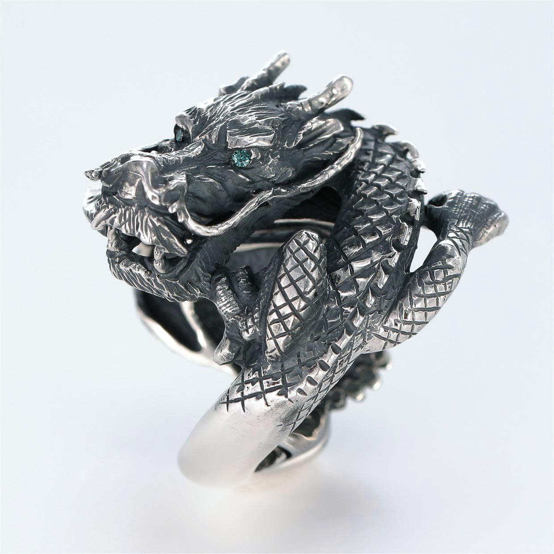 宝石その他の宝石を使ったドラゴンのデザインが特徴的な銀風指輪の商品写真です。型番:GP101003-01 画像その2