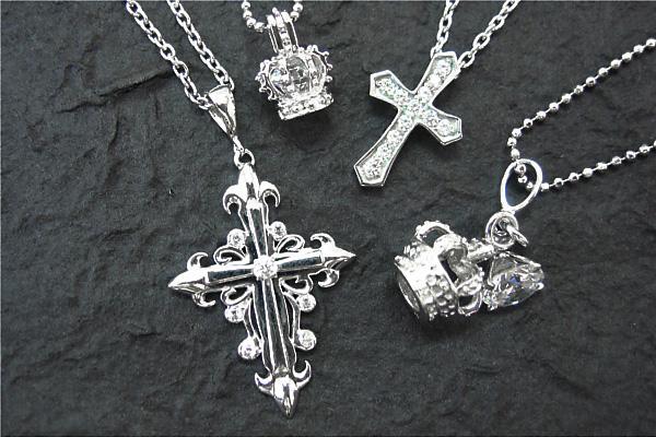 クロス(十字架)のシルバーペンダントヘッド