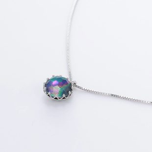 宝石クォーツ・水晶を使った和の彩ネックレス/ペンダントの商品写真です。型番:CR201001-01~02 画像その3