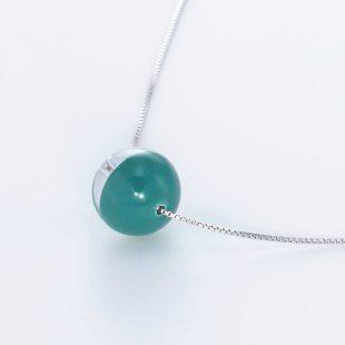 宝石クォーツ・水晶を使った和の彩ネックレス/ペンダントの商品写真です。型番:CR201018-01~05 画像その3
