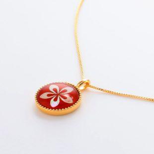 宝石クォーツ・水晶を使った花のデザインが特徴的な和の彩ネックレス/ペンダントの商品写真です。型番:CR201002-01~02 画像その3