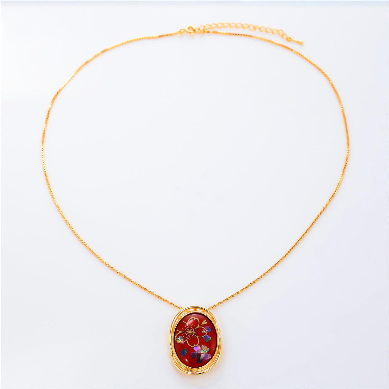 宝石クォーツ・水晶を使った花と和風のデザインが特徴的な和の彩ネックレス/ペンダントの商品写真です。型番:CR201005-01~02 画像その1