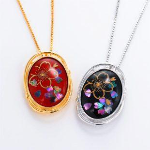 宝石クォーツ・水晶を使った花と和風のデザインが特徴的な和の彩ネックレス/ペンダントの商品写真です。型番:CR201005-01~02 画像その6