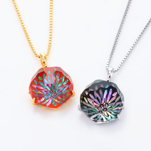 宝石クォーツ・水晶を使った花と和風のデザインが特徴的な和の彩ネックレス/ペンダントの商品写真です。型番:CR201010-01~02 画像その6