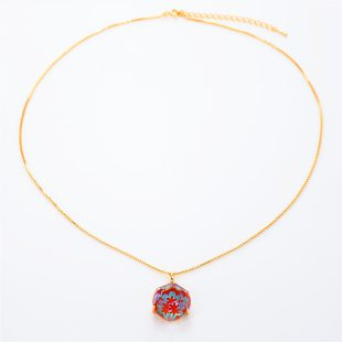 宝石クォーツ・水晶を使った花と和風のデザインが特徴的な和の彩ネックレス/ペンダントの商品写真です。型番:CR201012-01~02 画像その1