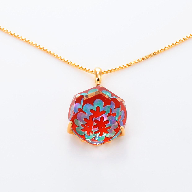 宝石クォーツ・水晶を使った花と和風のデザインが特徴的な和の彩ネックレス/ペンダントの商品写真です。型番:CR201012-01~02 画像その2