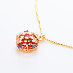 宝石クォーツ・水晶を使った花と和風のデザインが特徴的な和の彩ネックレス/ペンダントの商品写真です。型番:CR201012-01~02 画像その3
