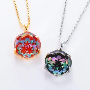 宝石クォーツ・水晶を使った花と和風のデザインが特徴的な和の彩ネックレス/ペンダントの商品写真です。型番:CR201012-01~02 画像その6