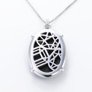 宝石クォーツ・水晶を使った和風のデザインが特徴的な和の彩ネックレス/ペンダントの商品写真です。型番:CR201008-01~02 画像その5