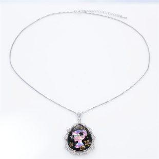 宝石クォーツ・水晶を使った和風のデザインが特徴的な和の彩ネックレス/ペンダントの商品写真です。型番:CR201009-01~02 画像その1