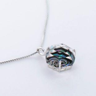 宝石クォーツ・水晶を使った和風のデザインが特徴的な和の彩ネックレス/ペンダントの商品写真です。型番:CR201011-01~02 画像その4