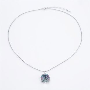 宝石クォーツ・水晶を使った和風のデザインが特徴的な和の彩ネックレス/ペンダントの商品写真です。型番:CR201014-01 画像その1