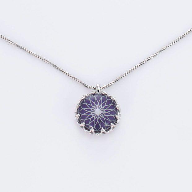 宝石クォーツ・水晶を使った和風のデザインが特徴的な和の彩ネックレス/ペンダントの商品写真です。型番:CR201019-01~05 画像その2
