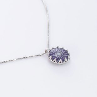 宝石クォーツ・水晶を使った和風のデザインが特徴的な和の彩ネックレス/ペンダントの商品写真です。型番:CR201019-01~05 画像その4