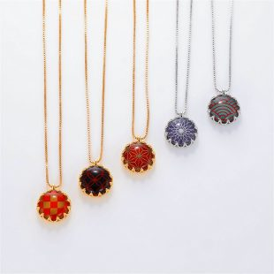 宝石クォーツ・水晶を使った和風のデザインが特徴的な和の彩ネックレス/ペンダントの商品写真です。型番:CR201019-01~05 画像その6