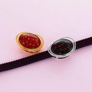 宝石クォーツ・水晶を使った蝶・昆虫と和風のデザインが特徴的な和の彩帯留めの商品写真です。型番:CR601007-01~02 画像その4