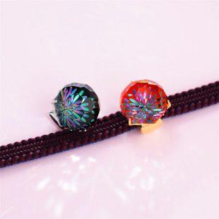 宝石クォーツ・水晶を使った花と和風のデザインが特徴的な和の彩帯留めの商品写真です。型番:CR601008-01~02 画像その6