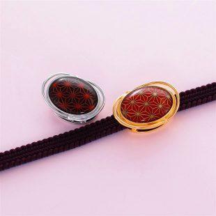 宝石クォーツ・水晶を使った和風のデザインが特徴的な和の彩帯留めの商品写真です。型番:CR601004-01~02 画像その4