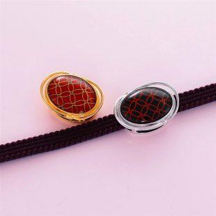 宝石クォーツ・水晶を使った和風のデザインが特徴的な和の彩帯留めの商品写真です。型番:CR601005-01~02 画像その4
