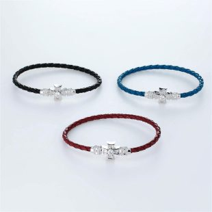 宝石キュービックを使ったクロスのデザインが特徴的な環の色ブレスレットの商品写真です。型番:LE401005-01~03 画像その5