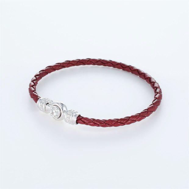 宝石キュービックを使ったその他のモチーフのデザインが特徴的な環の色ブレスレットの商品写真です。型番:LE401011-01~03 画像その2