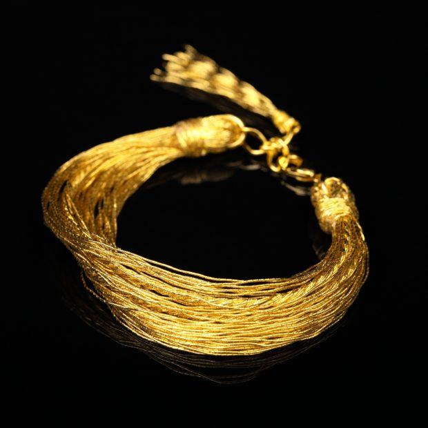 和の彩 金銀糸ブレスレットの商品写真です。型番:658-934 画像その1