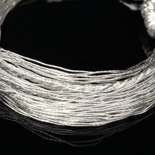 和の彩 金銀糸ブレスレットの商品写真です。型番:658-935 画像その2