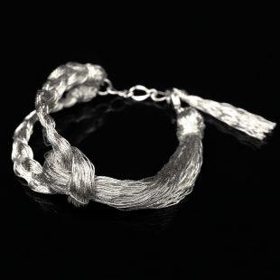 和の彩 金銀糸ブレスレットの商品写真です。型番:658-937 画像その1