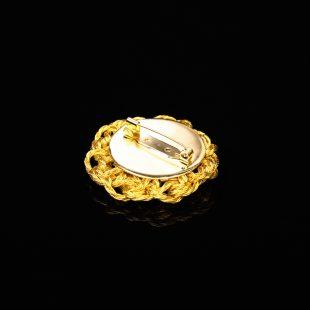 花のデザインが特徴的な和の彩 金銀糸ブローチの商品写真です。型番:659-207 画像その3