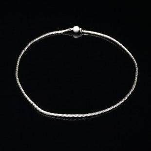 和の彩 金銀糸ネックレス/ペンダントの商品写真です。型番:658-970 画像その1