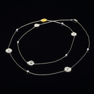 花のデザインが特徴的な和の彩 金銀糸ネックレス/ペンダントの商品写真です。型番:659-072 画像その2