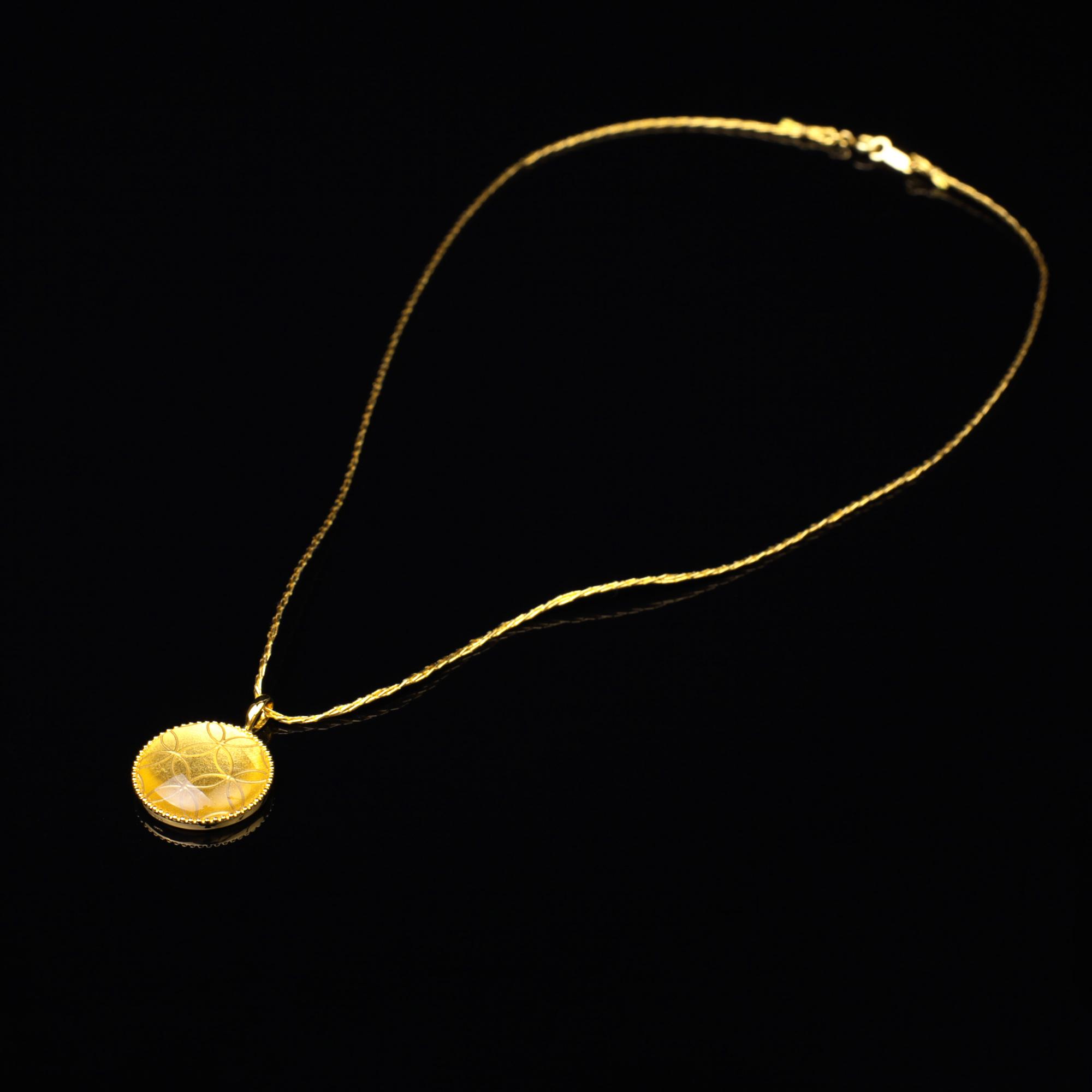宝石クォーツ・水晶を使った和の彩 金銀糸ネックレス/ペンダントの商品写真です。型番:659-157 画像その1