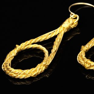 和の彩 金銀糸ピアスとイヤリングの商品写真です。型番:658-940 画像その2