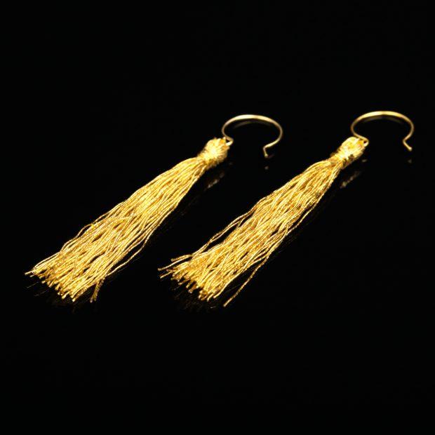 和の彩 金銀糸ピアスとイヤリングの商品写真です。型番:658-942 画像その1